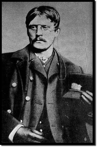 Knut_hamsun_in_chicago2c_1884